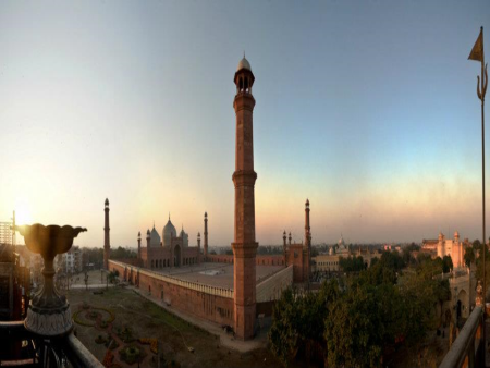 Lahore Tour Guide (1 Day)